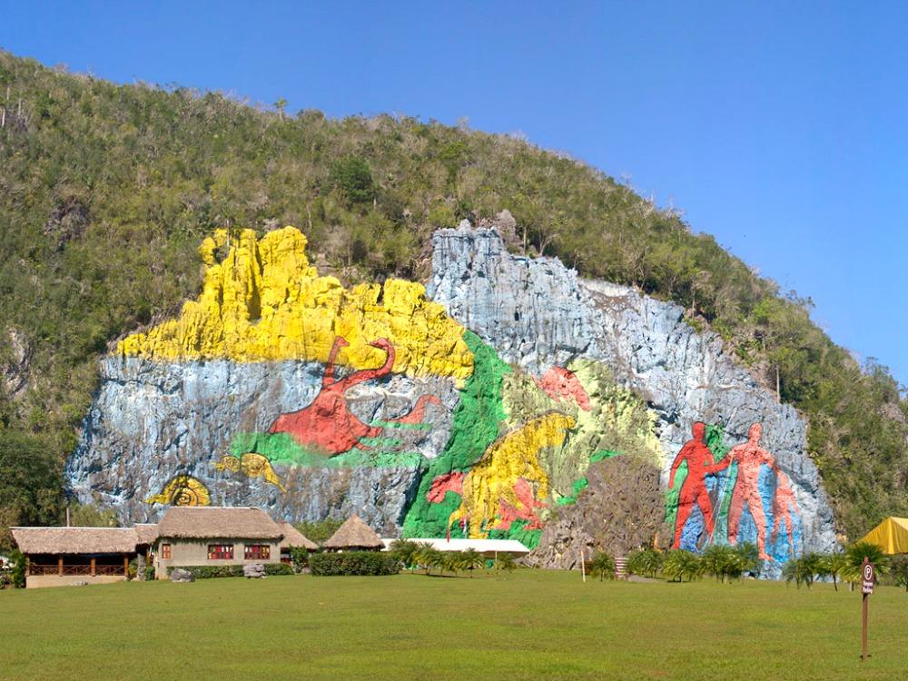 vinales-mural-de-la-prehistoria