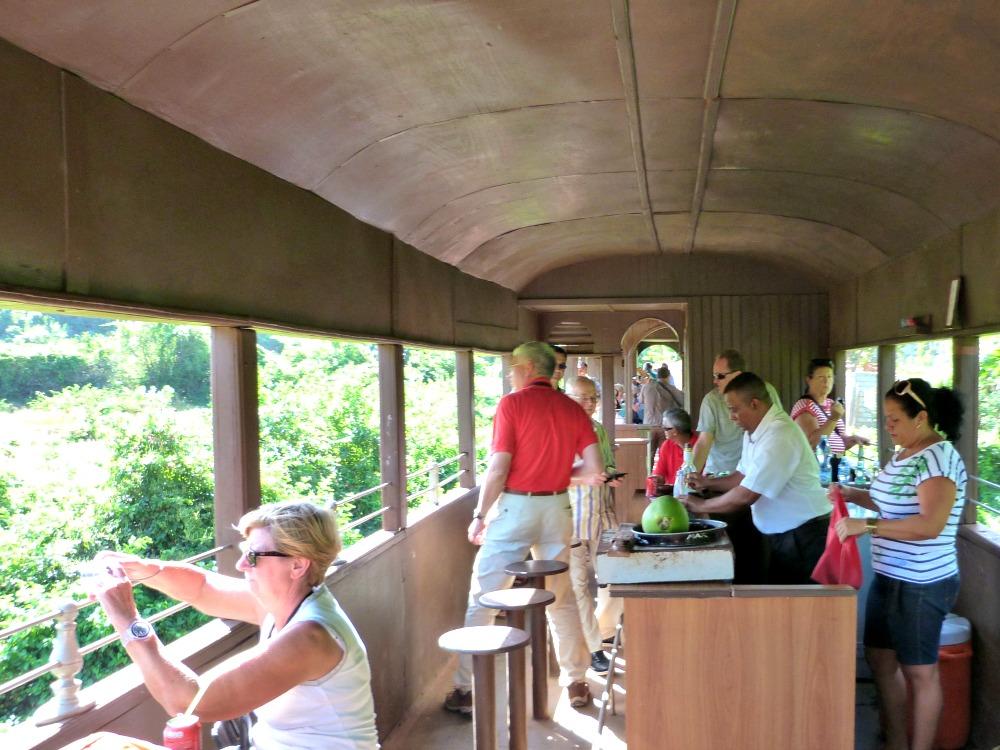 bar-tren-trinidad